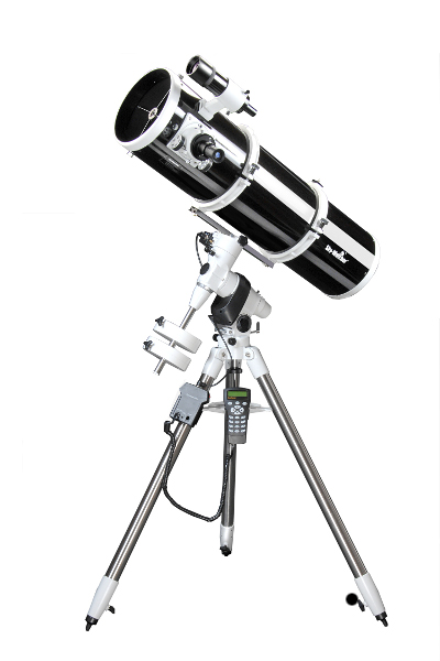 Sky-Watcher Explorer-200P (EQ5 PRO)